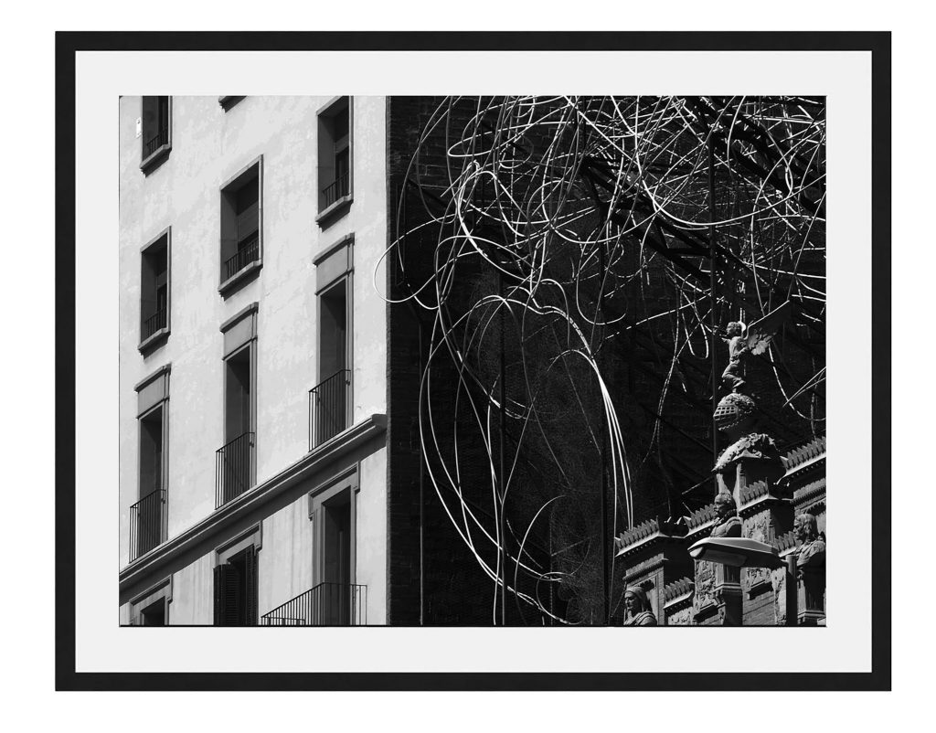 Contrasts framed