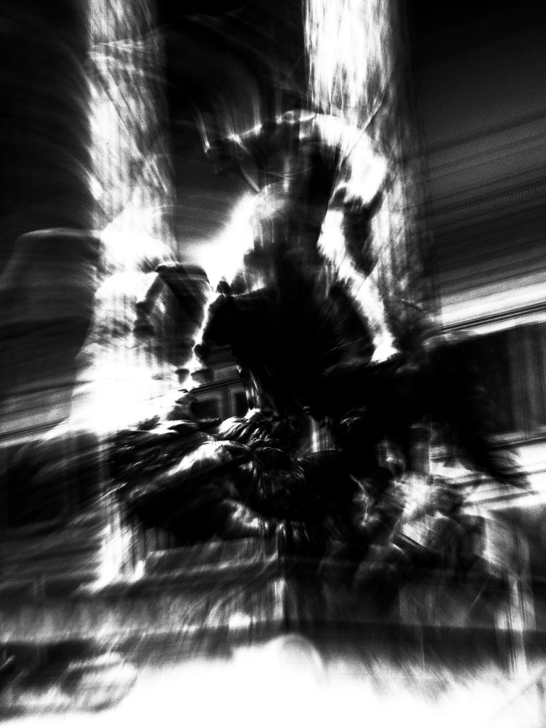 Photography_and-yet-it-moves-BW