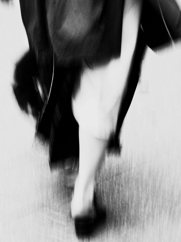 Photography_Traveler-in-time_bw